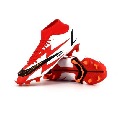 NIKE MERCURIAL SUPERFLY 8 ACADEMY CR7 MOULEE presentation